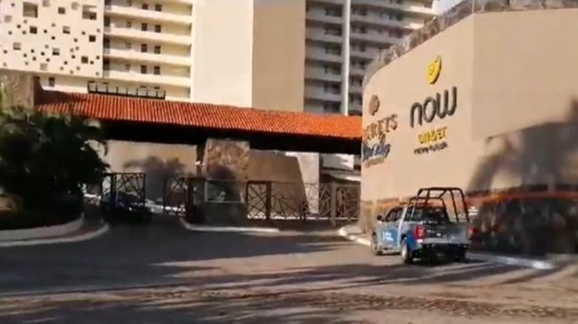 Mujer cae de 9 pisos en hotel de Puerto Vallarta y muere