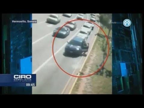 Policía salta de vehículo para evitar ser asesinado en Hermosillo